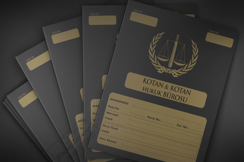 Siyah zeminli Mahkeme Dosyası
